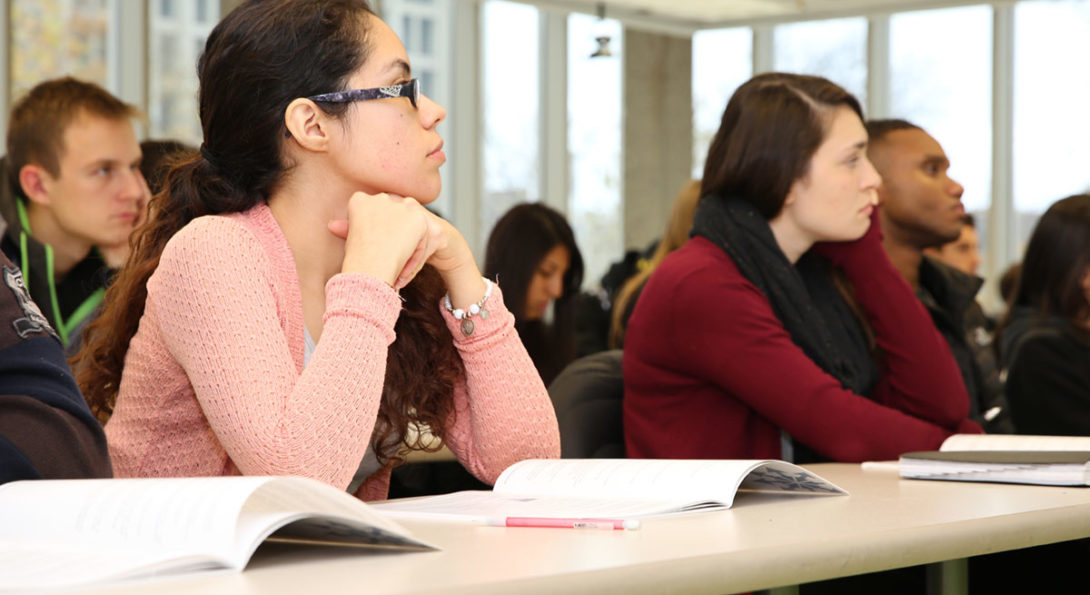 UIC Business doctoral students in class